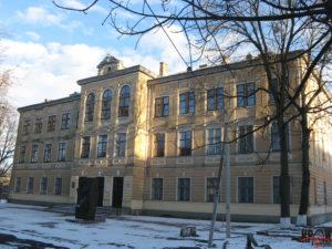 Будівля Бродівської гімназії ім. Івана Труша