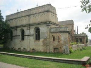 Вигляд на руїни синагоги з північного заходу