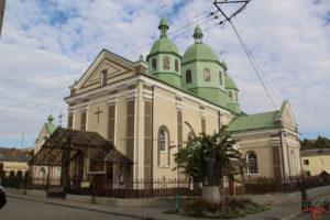 Церква Воздвиження Чесного Животворящого Хреста.
