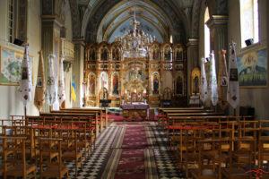 Інтер'єр храму Воздвиження Чесного Животворящого Хреста